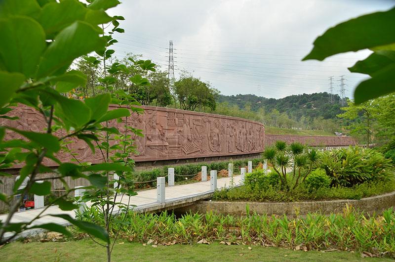 1028米中医历史文化浮雕景观长廊